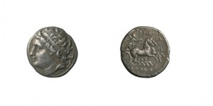 SICILY, SYRACUSE, 234-233. HIERON II, 274-216. IN NAME OF GELON, HIS SON, SILVER 8 LITRAE, 6,44 G.