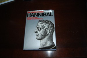 HANNIBAL CHALLENGING ROME'S SUPREMACY BY SIR GAVIN DE BEER 1969 HARDBACK/DUST JACKET (320 PAGES)